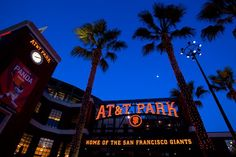 AT&T Park on a beautiful night September last game pitched by Barry Zito for SF Giants. Good win last night Barry! We will miss you Barry Zito, we wish you good luck. You are still our favorite leading pitcher ever! San Francisco Giants Stadium, San Fran Giants, My Giants, Baseball Park, Willie Mays, Last Game, Buster Posey, Night, Full Moon