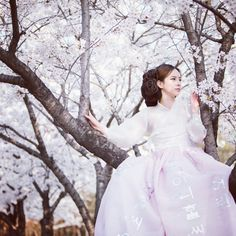 spring hanbok..selfwedding,smallwedding, hanbokdress.. bettlehanbok 베틀한복 서울숲, 스몰웨딩,셀프웨디ㅇ