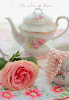Aiken House & Gardens: Soft & Romantic Pinks for Valentine's Day