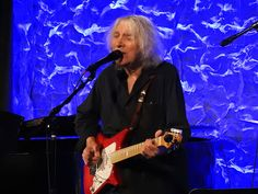 Fantastic set so far from Albert Lee- he has another show at 10pm and two shows tomorrow!  #IridiumNYC