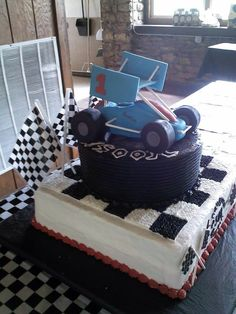 Sprint car cake for his 1st b-day!