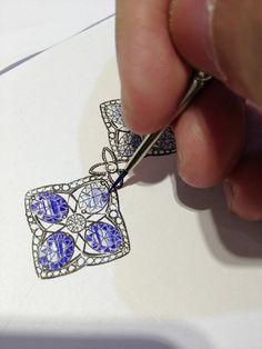 iankwan  Painting blue sapphire. Jewelry Drawing, Jewellery Sketches,  Jewellery Designs, Jewelry 93f4720dee