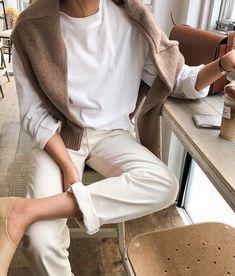 We Want to Live In This Neutral Spring Outfit (Le Fashion) Look Fashion, Korean Fashion, Autumn Fashion, Fashion Outfits, Street Fashion, Fasion, Fashion Styles, Daily Fashion, Fashion Ideas