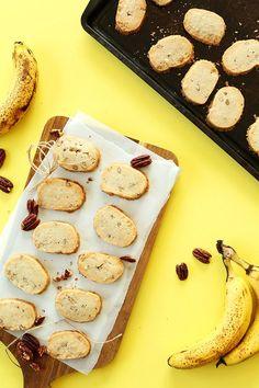 Gluten Free Vegan Banana Pecan Shortbread | Minimalist Baker Recipes