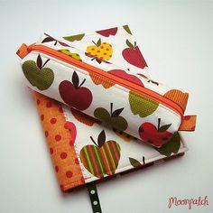 kit agenda 2013 + estojo apples by Moonpatch.  I LOVE everything she ever made!