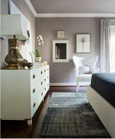 Great design. Love this wall color- very close to the mushroom taupe in my bedroom. Extremely calming.