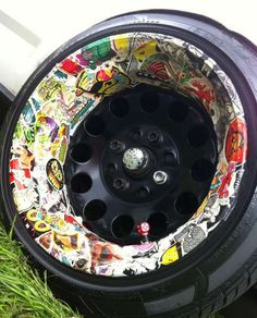This wheel is insane. #stickerbomb Rims For Cars, Rims And Tires, Wheels And Tires, Car Wheels, Custom Wheels, Custom Cars, Sticker Bomb Wallpaper, Sticker Street Art, Hydro Graphics