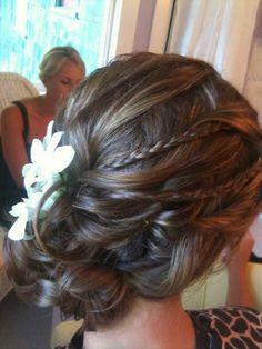 Wedding hair for fine hair http://noahxnw.tumblr.com/post/157429908986/short-hair-with-bangs-short-hairstyles-2017