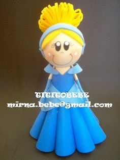 cenicienta Fondant Toppers, Fondant Cakes, Cinderella Theme, Cinderella Cakes, Polymer Clay Figures, Clay Figurine, Foam Crafts, Sugar Art, Gum Paste