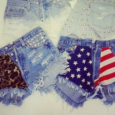 of July shorts! Diy shorts - cute American flag ones! Diy Fashion, Spring Fashion, Fashion Outfits, Fashion Shorts, Unique Fashion, Diy Clothes Accessories, Summer Outfits, Cute Outfits, Diy Shorts