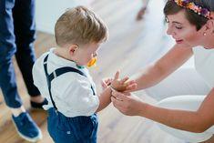 Ist das nicht süß? Ein selbstgemachtes Armband für den kleinen Sohnemann. Voller Liebe. #JuliaWalterFotografie #DIY-Armband #DIY-Wedding #Hochzeit #Sommerhochzeit #doityourself #Gartenhochzeit #Love