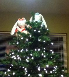 Christmas Tree Topper idea: Your favorite stuffed animals :)