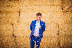 Un mariage en Provence aux Domaines de Patras - Leila et Benoît - Le Blog de Madame C Costume Bleu Roi, Faubourg Saint Sulpice, Photographe : Ricardo Vieira