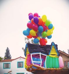 """""""Up"""" Balloon Sculpture. Wouldn't this be the cutest on the front lawn for a child's birthday party?"""