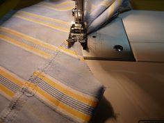Pánské trenýrky s poklopcem (střih + fotonávod) | Blog Jany Trávníčkové Plaid Scarf, Blog, Sewing, Fashion, Moda, Dressmaking, Couture, Fashion Styles, Stitching