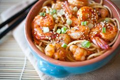 Low FODMAP and Gluten Free Recipe - Chili shrimp with sesame noodles --- (Update) Chili Recipes, Fish Recipes, Seafood Recipes, Asian Recipes, Dinner Recipes, Cooking Recipes, Healthy Recipes, Ethnic Recipes, Szechuan Recipes