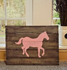 Mason Jars and Lemon Bars: DIY Pallet Board Horse Sign