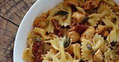 Sałatka makaronowa z kurczakiem i suszonymi pomidorami Pasta, Macaroni And Cheese, Salads, Lunch Box, Food And Drink, Ethnic Recipes, Impreza, Fimo, Kuchen