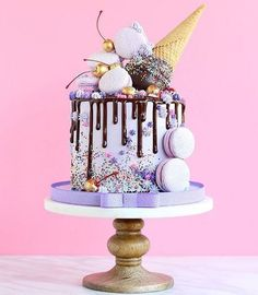 Without the ice cream cone cream design selber machen ice cream cream cream cake cream design cream desserts cream recipes Crazy Cakes, Fancy Cakes, Cute Cakes, Pretty Cakes, Yummy Cakes, Beautiful Cakes, Amazing Cakes, Amazing Birthday Cakes, Birthday Cupcakes