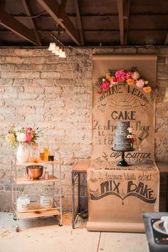Backyard Wedding Cake Table Dessert Bars Ideas For 2019 Chalkboard Wedding, Cake Table, Dessert Table, Dessert Bars, Petites Tables, Vintage Party, Partys, Boho Wedding, Rustic Wedding