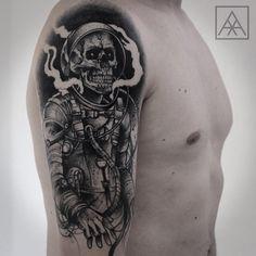 Dead cosmonaut! Healed tattoo! #skull #cosmonaut #dead #death #space #blacktattooart #blackwork #blackworkerssubmission #btattooing…