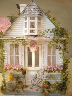 What a cute paper constructed house!