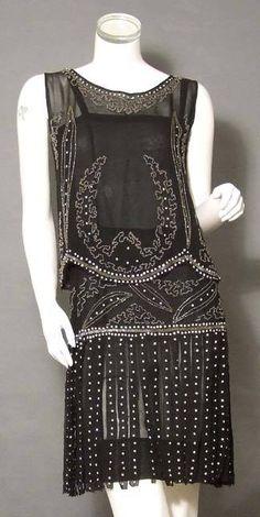 Beaded Black 1920's Dress Set with Carwash Hem