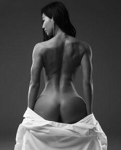 ㅡ  바디프로필은  역시  @gsoulgraphy  이죵ㅎ  작품이다생각하고봐주세요~   몸만들어서 #등사진 찍어보고싶었어요😏