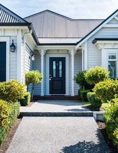 This new-build expertly balances heritage design with on-trend accessories Exterior Paint Colors For House, House Colors, Exterior Colors, House Front, My House, Weatherboard House, Queenslander, Rustic Country Homes, Homestead House