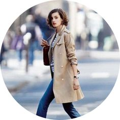 How to dress like a French woman in 5 steps - www.MyFrenchLife.org