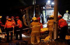 ہانگ کانگ میں مسافر بس الٹنے سے 19 افراد ہلاک