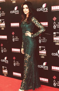 Deepika Padukone! Love this dress!