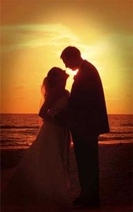 Wedding Photography idea (sunset)- if we could get one.