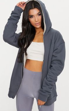 Charcoal Blue Oversized Borg Lined Zip Up Hoodie. Shop the range of coats & jackets today at PrettyLittleThing. Express delivery available. Order now Oversized Hoodie Outfit, Hoodie Outfit Casual, Casual Outfits, Cute Outfits, Outfit Jeans, Sweater Shop, Sweater Hoodie, Zip Hoodie, Blazer Rose