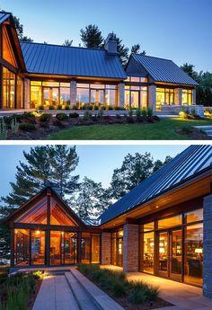 66 Gorgeous Small Cottage House Exterior Design Ideas - Decor Home Modern Craftsman, Modern Farmhouse Exterior, Craftsman Style, Farmhouse Style, Modern Barn House, Modern House Design, Glass House Design, Modern Glass House, Modern Garage