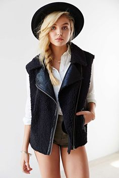 Numph Taylor Vest - Urban Outfitters