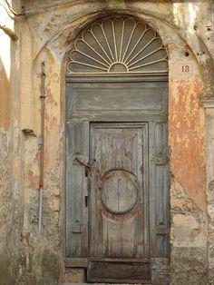 Door in downtown Catanzaro, Calabria - via My Bella Vita Travel Cool Doors, Unique Doors, Portal, Entrance Doors, Doorway, Front Doors, Door Knockers, Door Knobs, When One Door Closes