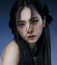 Blackpink Jisoo, Kpop Girl Groups, Kpop Girls, Blackpink Photos, Pictures, Black Pink Kpop, Blackpink Members, Jennie Blackpink, Kpop Aesthetic