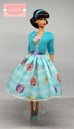 Swimmers. Vintage Style Full Skirt Dress and Cardigan for Barbie dolls by Dollydolls. New model! de MyDollyDolls en Etsy