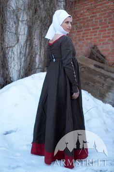 GERMAN KIRTLE RENAISSANCE STYLE MEDIEVAL DRESS COSTUME