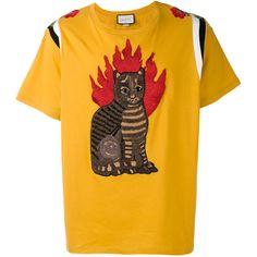 Gucci flame tabby cat motif t-shirt ($1,625) ❤ liked on Polyvore featuring men's fashion, men's clothing, men's shirts, men's t-shirts, yellow, mens animal print shirt, mens yellow shirt, mens raglan shirts, mens embroidered shirts and mens raglan t shirt