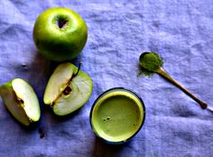 This Green Apple and Green Tea Breakfast Smoothie, made from warm, simmered apples, feels like comfort food in a glass.