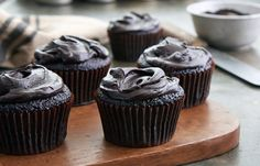 Chocolate cake and pastries work especially well in a steam oven as the extra moisture keeps them supple and moist. The inside of the cakes remain tender to the touch and tasty to the palate, whilst the outsides are cooked to golden perfection.