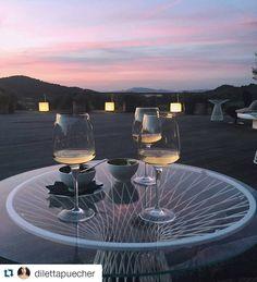 Its #aperitivo #cocktail time in #Maremma #Tuscany  #argentario #monteargentario #portoercole #argentarioresort #sunset #tramonto #bar #drink #spizzico #panorama #sky #cielo #colors #colori #cincin