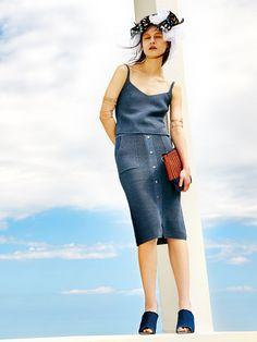 MURUA|ムルーア公式通販|ランウェイチャンネル【CASUAL】フロントボタンニットタイトスカートの詳細情報| RUNWAY channel(ランウェイチャンネル)(011620800301)
