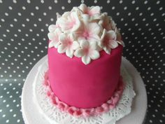 Mini Cake with Pink Blossoms