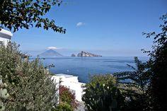 #Panarea #eolie #sicilia Il blog tour #eolietour13 organizzato da Imperatore Travel alle Isole Eolie  #eolietour13 -> http://www.imperatoreblog.it/2013/09/06/eolie-blog-tour-2013/  Tour -> http://www.imperatore.it/Sicilia/Tour-Prestige-Isole-Eolie-6-Isole-in-8-Giorni-7-notti-partenze-di-sabato-estivo/
