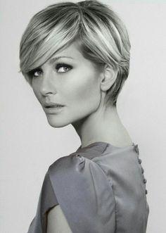 53 ideas for hair 2018 trends women Short Hair Cuts For Women, Short Hair Styles, Short Cuts, Corte Y Color, Hair 2018, Pixie Haircut, Twiggy Haircut, Haircut Long, Undercut Pixie