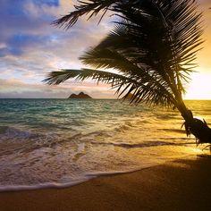 Sunrise on Lanikai Beach, Hawaii