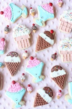 Adorable Ice Cream Cookies by Munchkin Munchies. Cute for an Ice Cream Party!
